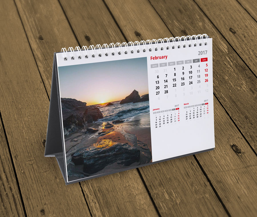 2018 Horizontal A5 Deskto Calendar Template. Printable Photo Calendar