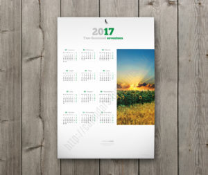 yearly calendar with large image
